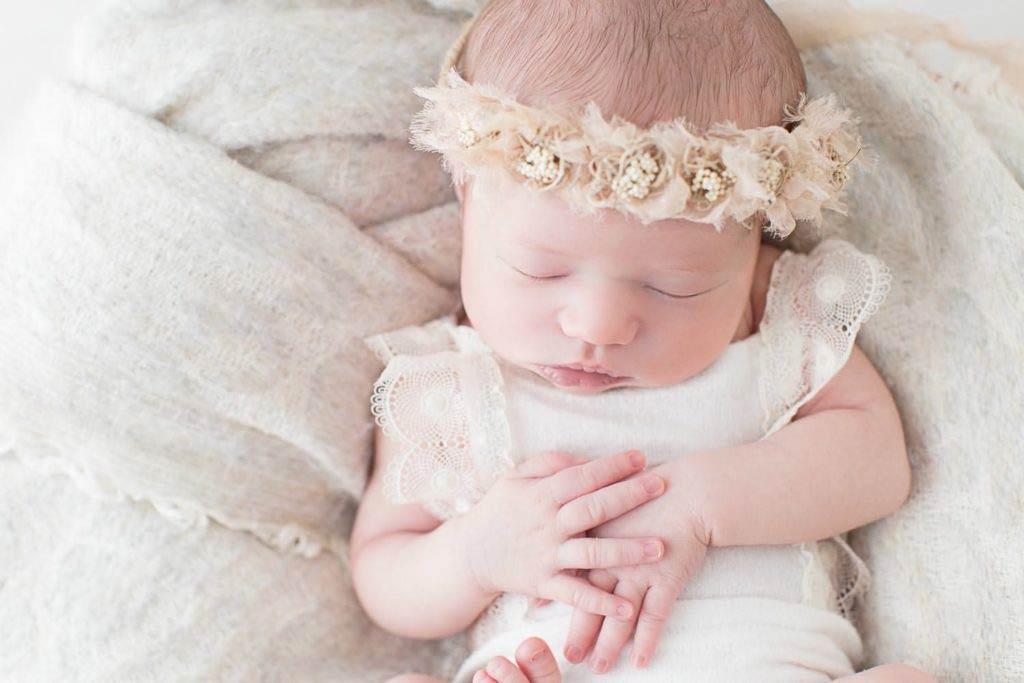 petite fille à la naissance